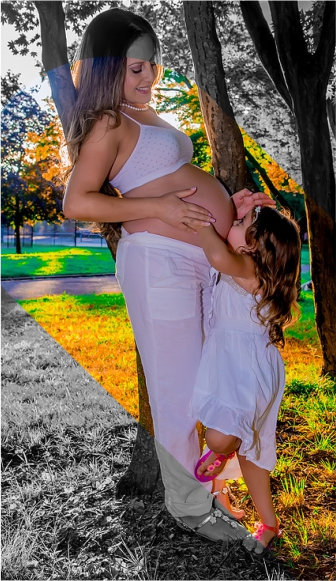 pregnant-photography-service